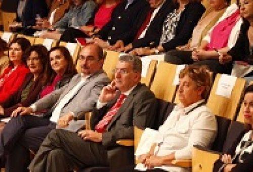 Javier Lambán respalda la iniciativa de la FAMCP para que las mujeres electas de Aragón diseñen su modelo de liderazgo