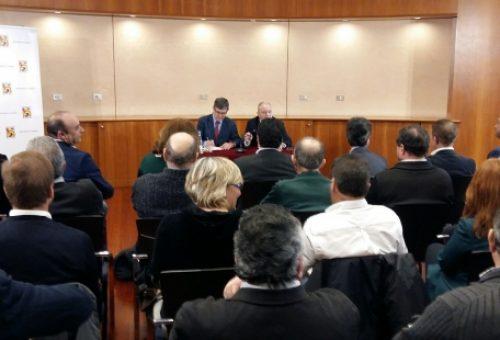 La Diputación de Huesca y las comarcas crean un grupo de coordinación de bomberos en la provincia