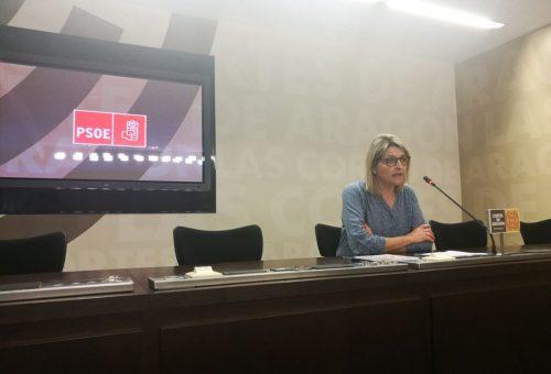 El PSOE pide a Podemos que pase de su política de gestos a una política de actos y sigan negociando la Ley de Renta Básica