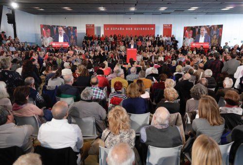 Multitudinario acto del PSOE con Pedro Sánchez en Zaragoza