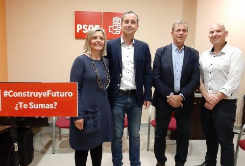 Begoña Nasarre y Antonio Cosculluela respaldan a Alfonso Adán en la presentación de su candidatura a la alcaldía de Binéfar