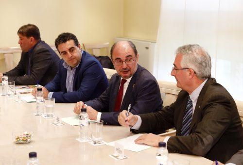 Javier Lambán anuncia la aprobación en esta legislatura de una ley que proteja el modelo de agricultura familiar