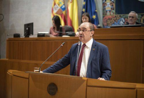 """Javier Lambán asegura que defenderá la Constitución y el Estatuto con """"todos los instrumentos legales"""""""