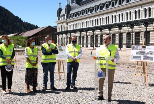 """Javier Lambán: """"Los avances en el Canfranc reafirman la apuesta logística de Aragón y es fundamental para las conexiones con Europa"""""""