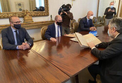 Lambán involucra al Ministerio de Cultura y al Museo del Prado en la celebración del 275 aniversario de Goya