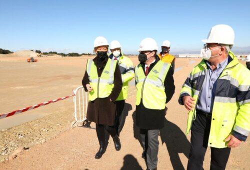 Lambán anuncia la instalación de una planta logística de Amazon en PLAZA
